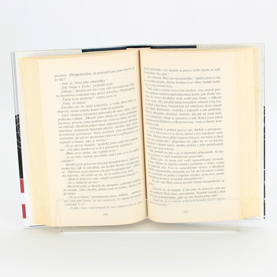 Světová literatura S tichým souhlasem