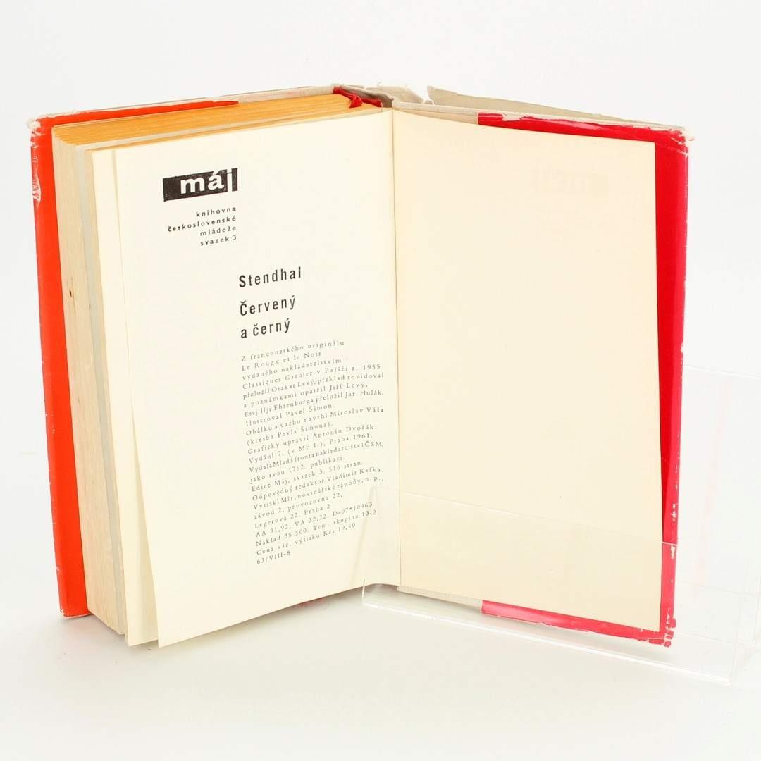 Kniha Mladá fronta Červený a Černý Stendhal