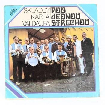 LP Pod jednou střechou, skladby K. Valdaufa