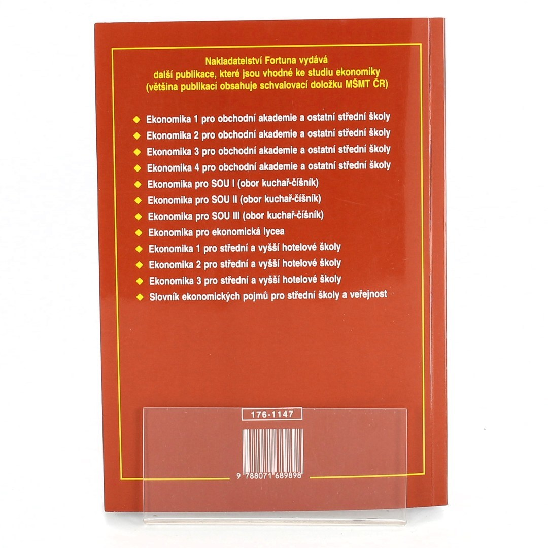 Kniha Přehled učiva k maturitní zkoušce