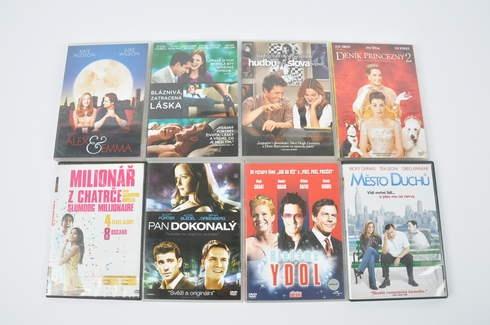 8 DVD romantických a komediálních filmů