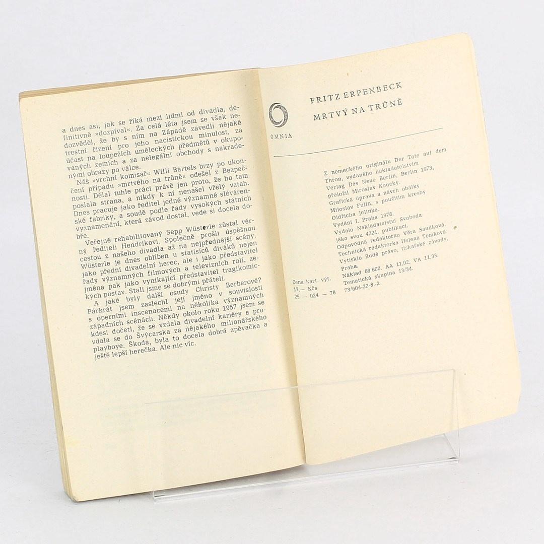 Kniha Mrtvý na trůně Fritz Erpenbeck
