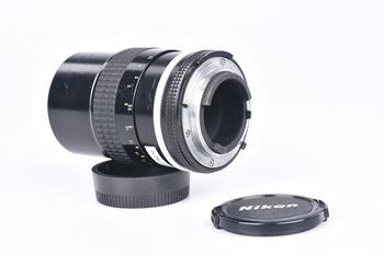 Objektiv Nikon 135mm f/3,5 NIKKOR Ai