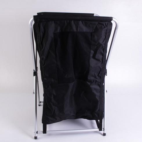 Skládací campingová skříňka s poličkami