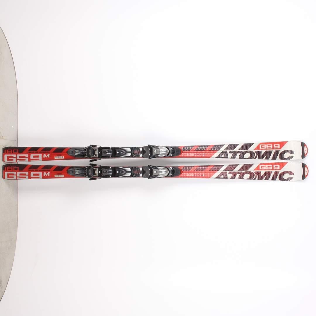 Sjezdové lyže Atomic GS9
