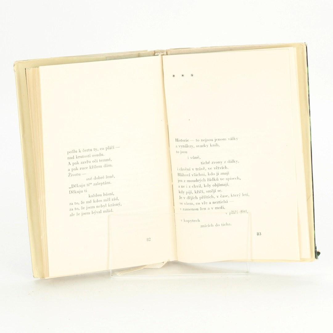 Kniha Zelené víno Jevgenij Jevtušenko