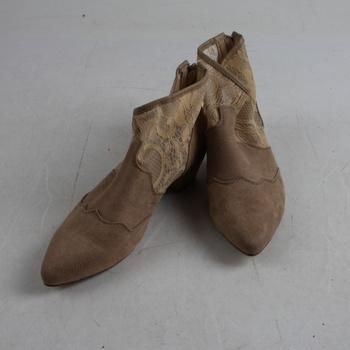 Dámské boty na podpatku Bonprix