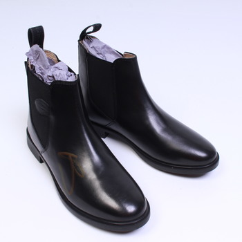Dámské boty značky Kerbl černé barvy