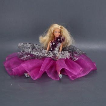 Panenka Barbie ve fialových večerních šatech