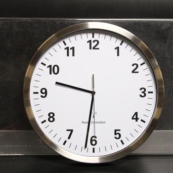 Nástěnné hodiny TFA Dostmann 60.3523.02