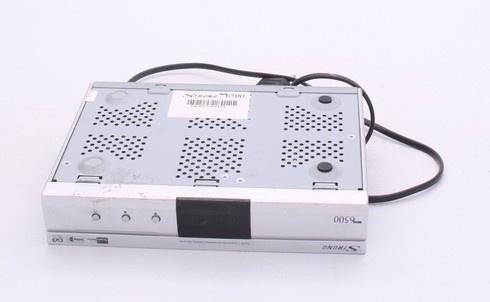 Satelitní přijímač Strong SRT6500